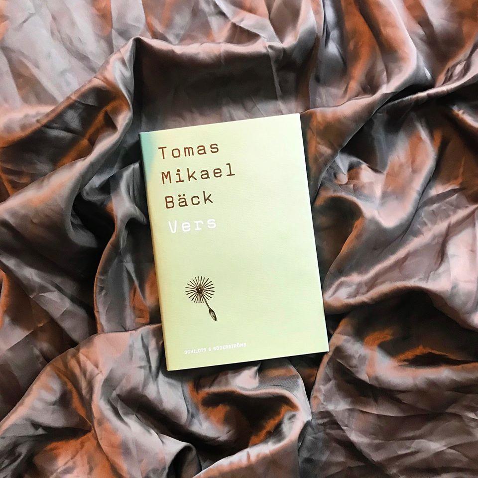 Ny diktsamling av Tomas Mikael Bäck